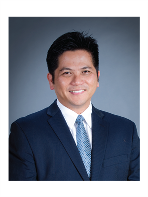 Nick Pham, Broker